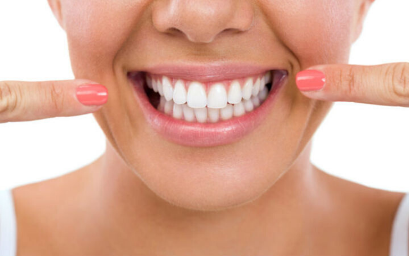 envejecen los dientes. maxdental, clinica dental